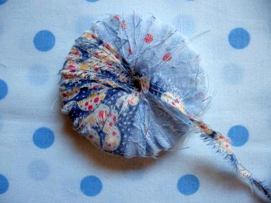 pompons tissu 2